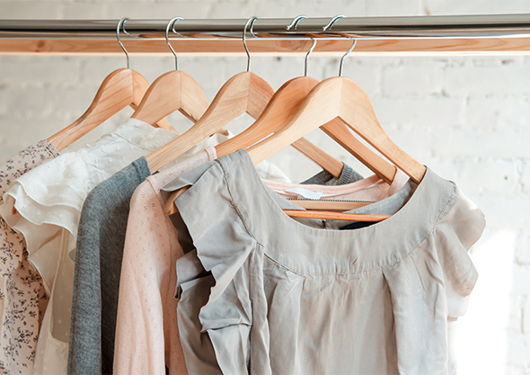 wilmington shopping tops on hanger